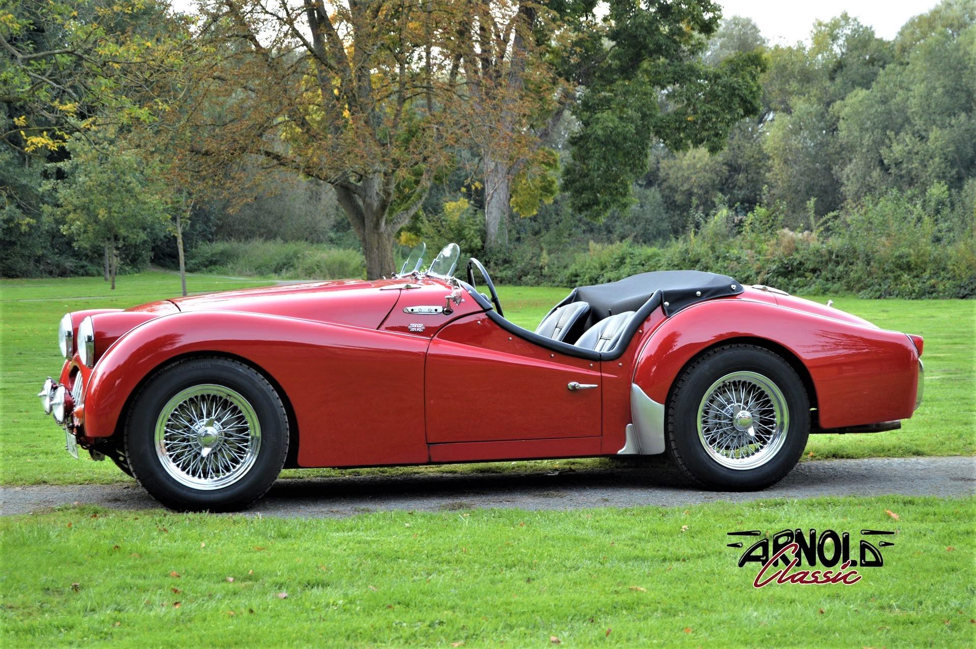 Triumph TR3 1957 rot Arnold Classic Oldtimer Lauenau