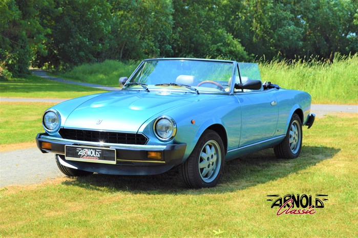FIAT 124 Spider DS Pininfarina Spidereuropa - Arnold Classic Oldtimer