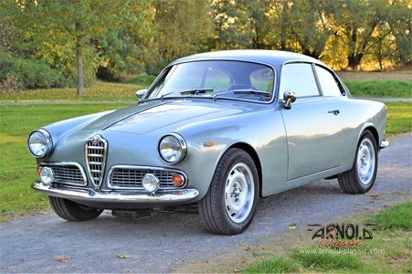Alfa Romeo Giulia 1600 Sprint
